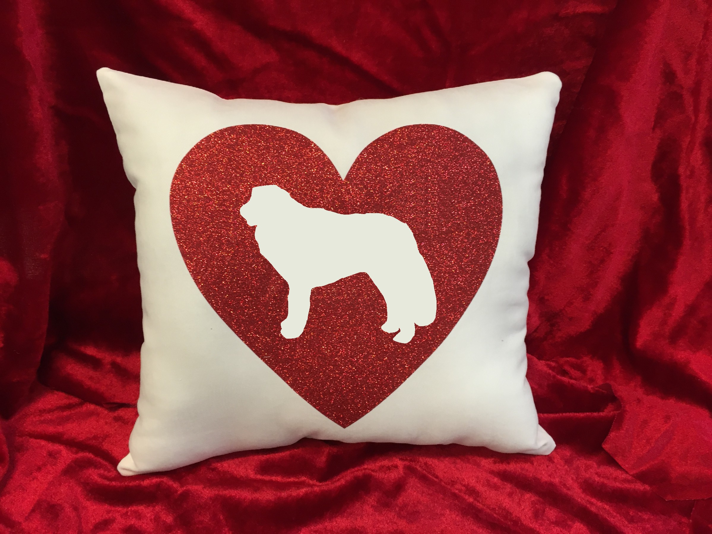 Dogs - Throw Pillow - Kuvasz